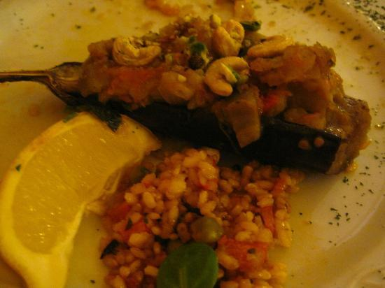 Artemisa: Cashew Eggplant