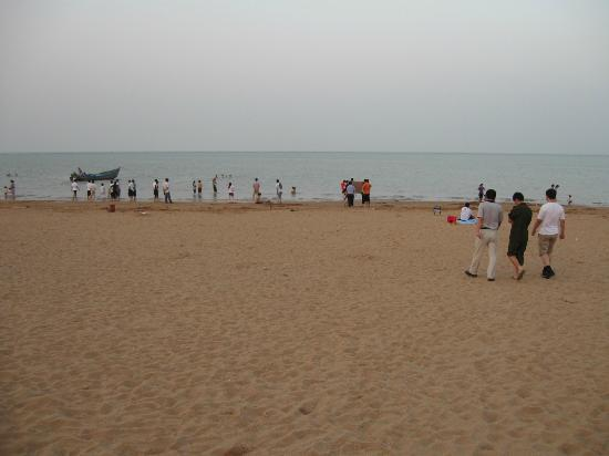 Tianjin Beach: Tanggu artificial sand beach