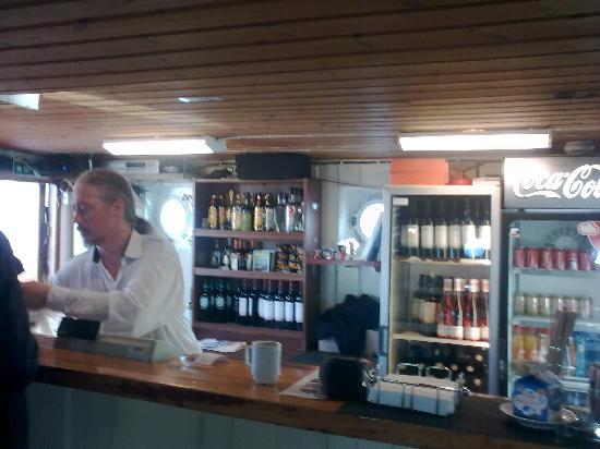 Batservice Sightseeing: Helena's friendly bar