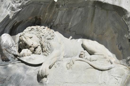 Monumento al león de Lucerna: The Dying Lion of Luzern