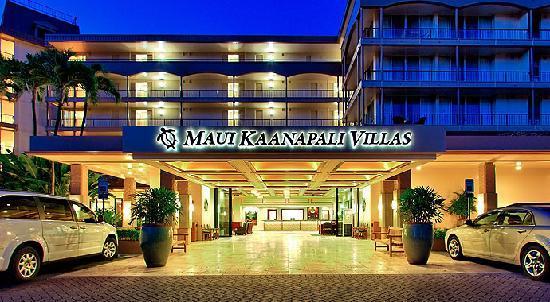 Aston Maui Kaanapali Villas: Resort Entrance