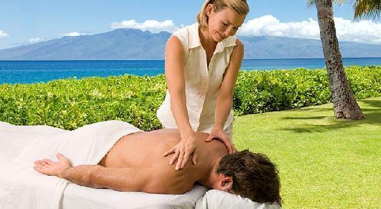 Aston Maui Kaanapali Villas: Outdoor Massage