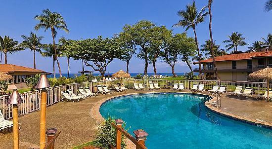 Aston Maui Kaanapali Villas: Oceanfront Pool