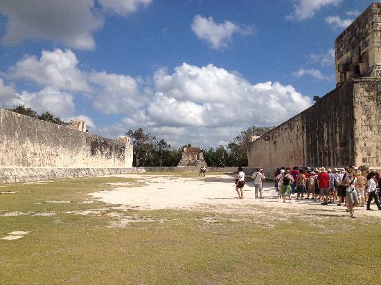 Excursiones Riviera Maya: Juego de Pelota, Chichen Itzà