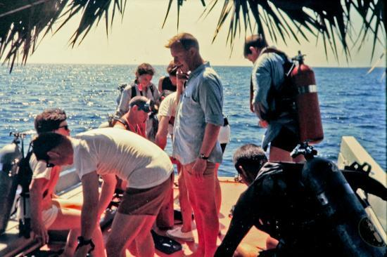 Small Hope Bay Lodge: On the dive boat in 1968