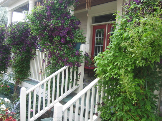 Globetrotters Bed and Breakfast: Welcome to Globetrotters B&B, Niagara-on-the-Lake