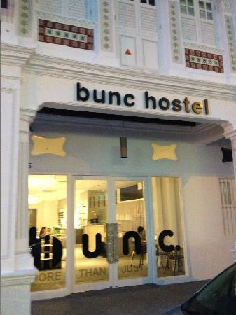 Bunc Hostel: Main Door