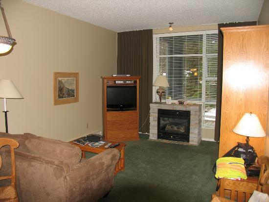 Glacier Lodge: Room 115