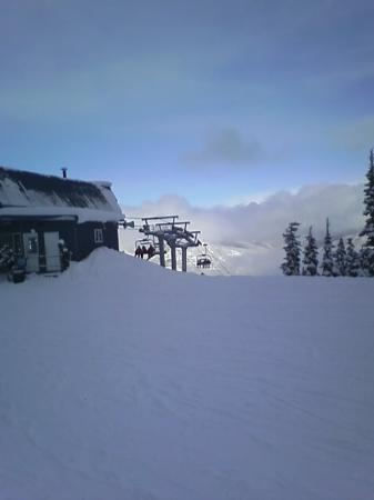 Glacier Lodge: Blackcomb, top of Solar Coaster Express Chair