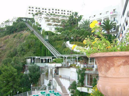 Hotel Antares: Funicolare