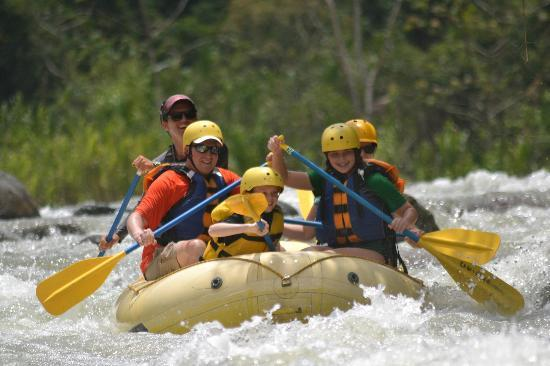 Rafiki Safari Lodge: Fun on the river