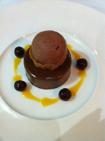 Apicius: chocolate mousse