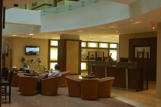 Sonesta Hotel Guayaquil: Lobby