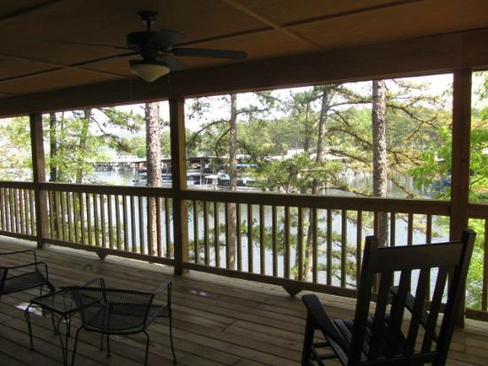 Mountain Harbor Resort: deck view
