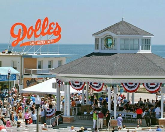 Rehoboth Beach Boardwalk Dolles And The Band Stand From Ave