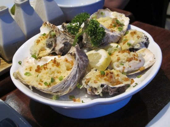 Crisostomo Restaurant: Oysters with cheese