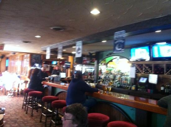 Artful Dodger Neighborhood Pub: the Dodger bar