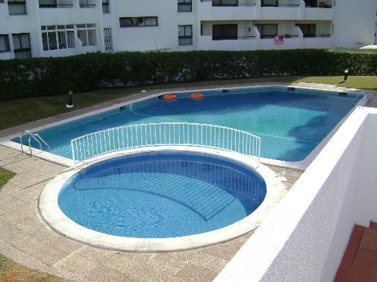 Leziria Apartments : SWIMMING POOL VIEW