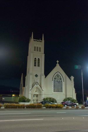 St Pauls Presbyterian Church : The beautiful church at night
