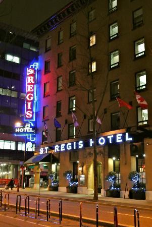 St. Regis Hotel: Outside of hotel
