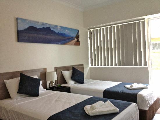 Lees Hotel: 2 King Singles