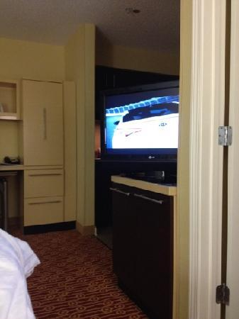 TownePlace Suites Pensacola: not able to see the the full tv screen from bed