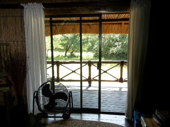 Makhasa Game Reserve and Lodge: Back Porch