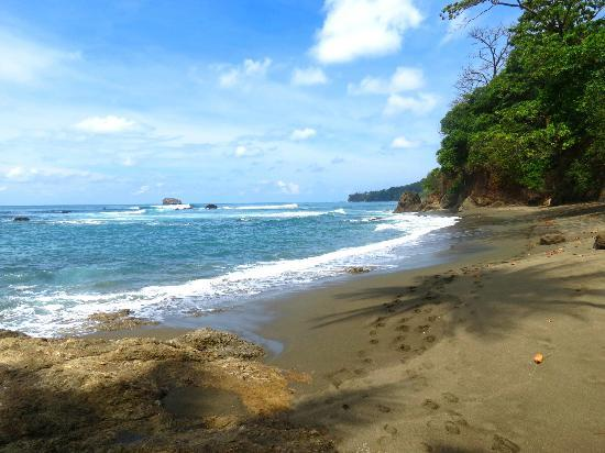 Surcos Tours: Beach on Hike