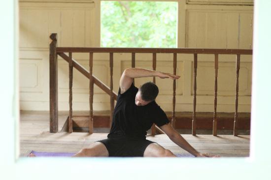 Langkawi Yoga : Dorothy's class
