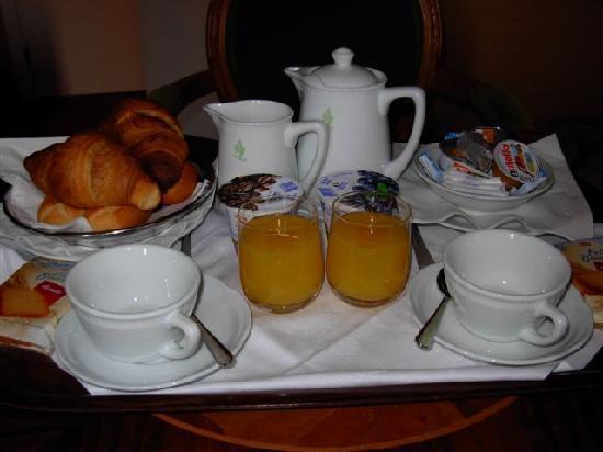 Hotel San Zulian: Breakfast