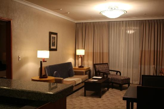 Oakwood Premier Coex Center: Living room