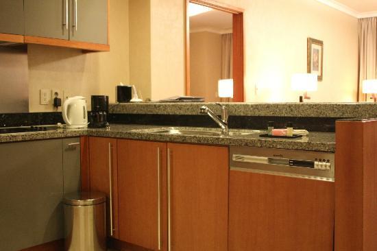 Oakwood Premier Coex Center: Kitchen