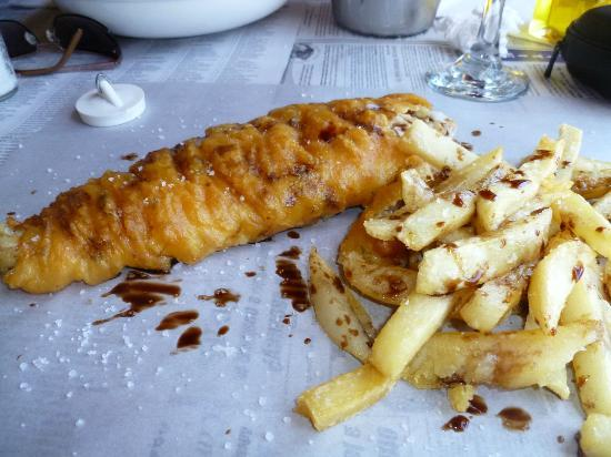 Hook, Line and Sinker: Delicious eaten off paper-the traditional way !
