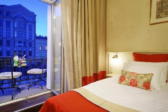 Pushka INN hotel: Comfort room with the balcony
