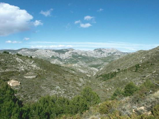 Guadalest Valley: views from the hiking trip