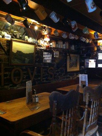 Cobweb Inn: Cobweb interior