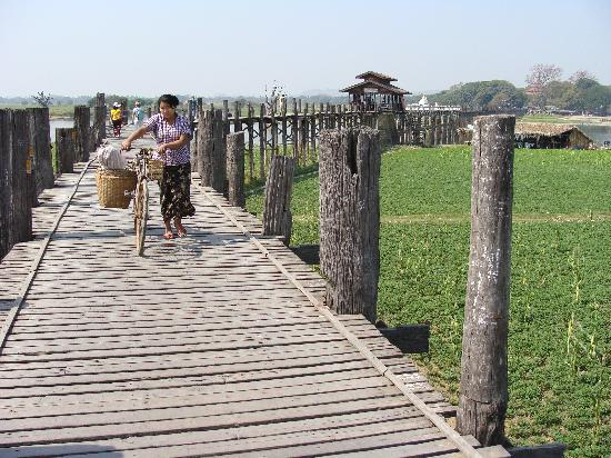 Jembatan U Bein: El Puente de Teca