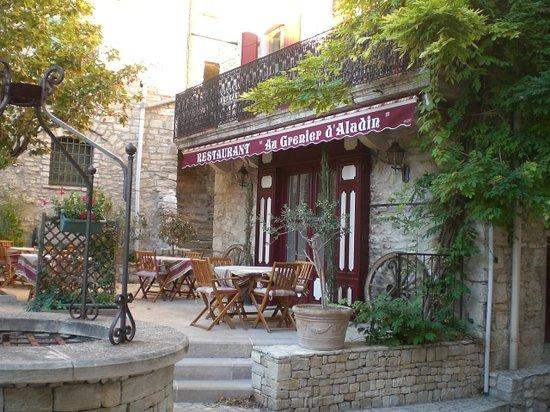 Vèzenobres, France : getlstd_property_photo
