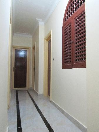 Arabian Nights: Hallway