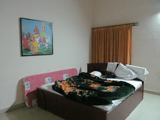 Karnataka Hotels Belur (KSTDC) : Room_3