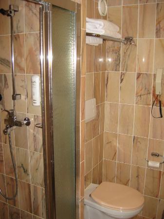 Scandic Jyvaskyla: Bathroom I
