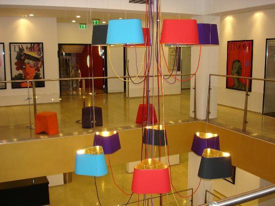 Tivoli Hotel: Lobbybereich des Hotels