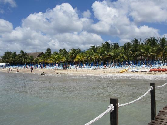 Paradise Beach : View from the dock