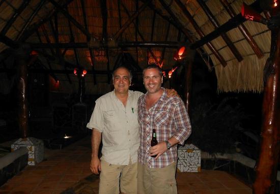 Hacienda Puerta Del Cielo Eco Spa: Hanging with the owner/operator