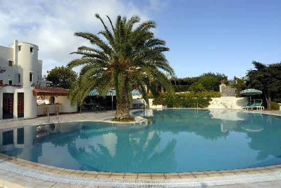 Resort Grazia Terme: Piscina esterna