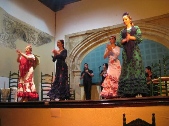 Tablao Flamenco Cardenal: Flamenco Cardenal