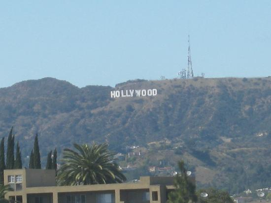 Hotel Silver Lake Los Angeles: View of the Hollywood sign from our room