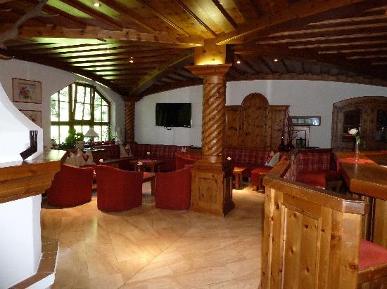 Hotel Geisler: Salottino a disposizione degli ospiti