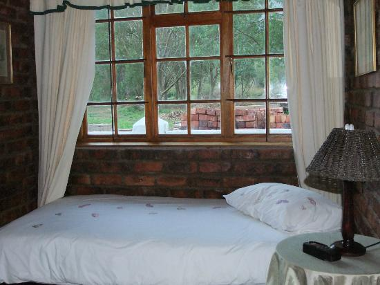 Swallows Nest Country Cottages: cameretta