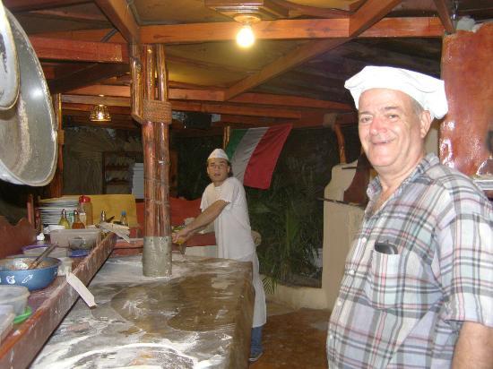 Bella Italia: the pizzeros!